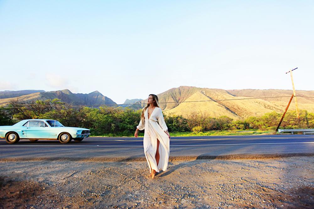 FREEPEOPLE-MAUI-HAWAII-ASHLEYBAXTER-SURF-SWIM-AMANDAJULCA-07.jpg