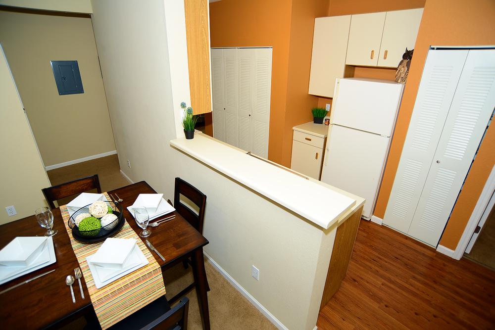 College Station Apartments. College Station Apartments   Student Apartments in Normal  IL