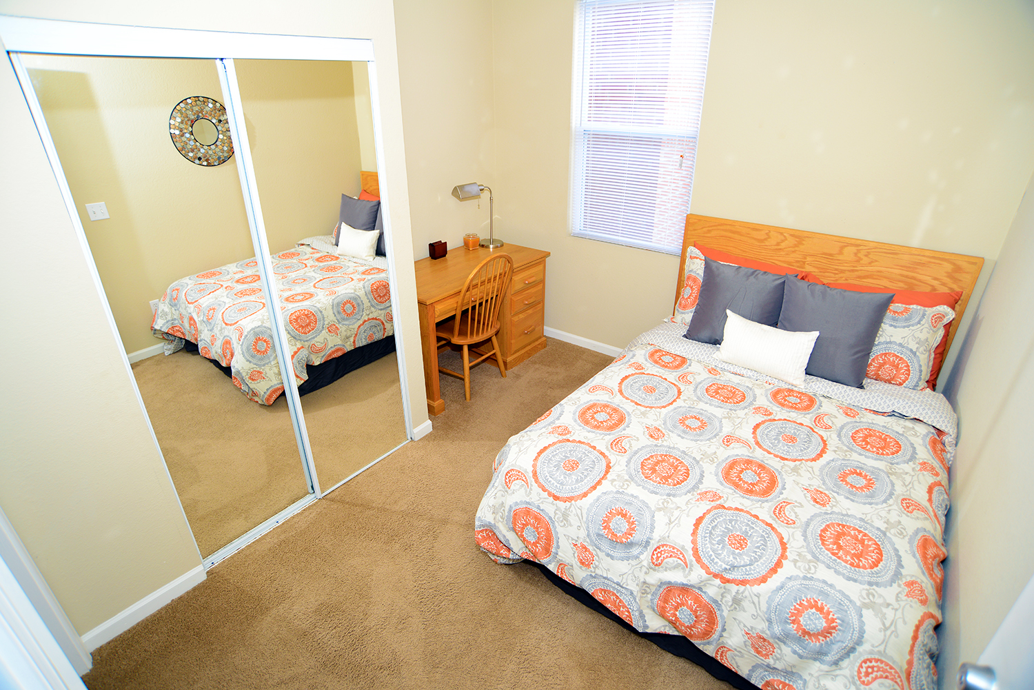 CS2 jpg. College Station Apartments   Student Apartments in Normal  IL
