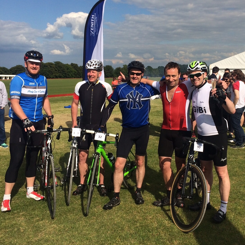 Here is a small group at the Finish (l-r) Guide Simon Kay, Guy Moores (Robert Welch), Will Downey (Nestle), Jonathon Raggett (Red Carnation Hotels) and me Gareth Sefton.