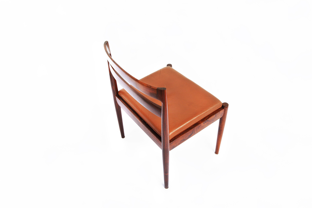 Kristiansen 1954 dining chair2_resize_gallery_block.jpg