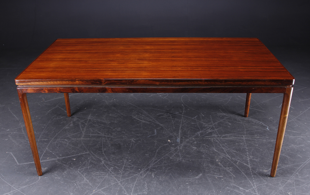 C Linneberg 1962 dining table4.jpg