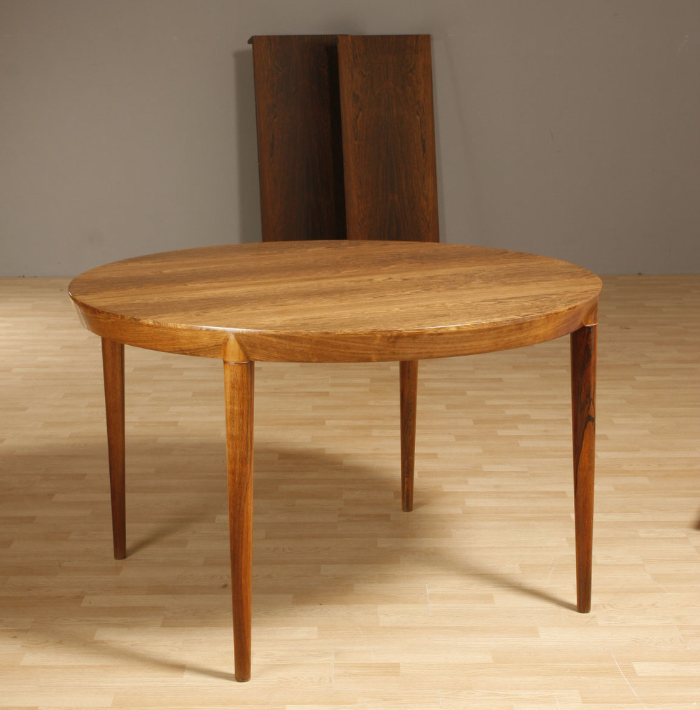 Haslev 1965 dining table3.jpg