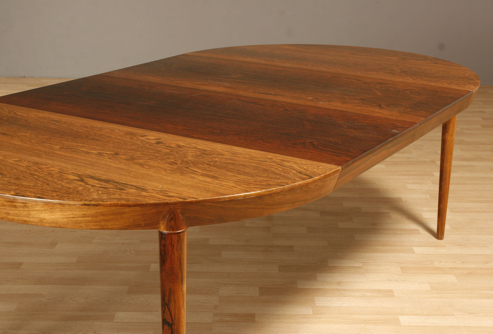 Haslev 1965 dining table5.jpg