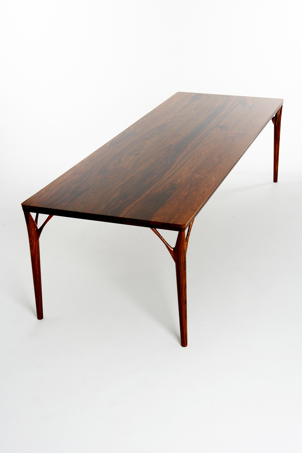 PD55 dining table3_resize.jpg