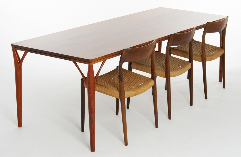 PD55 dining table6_homepage_resize_2.jpg