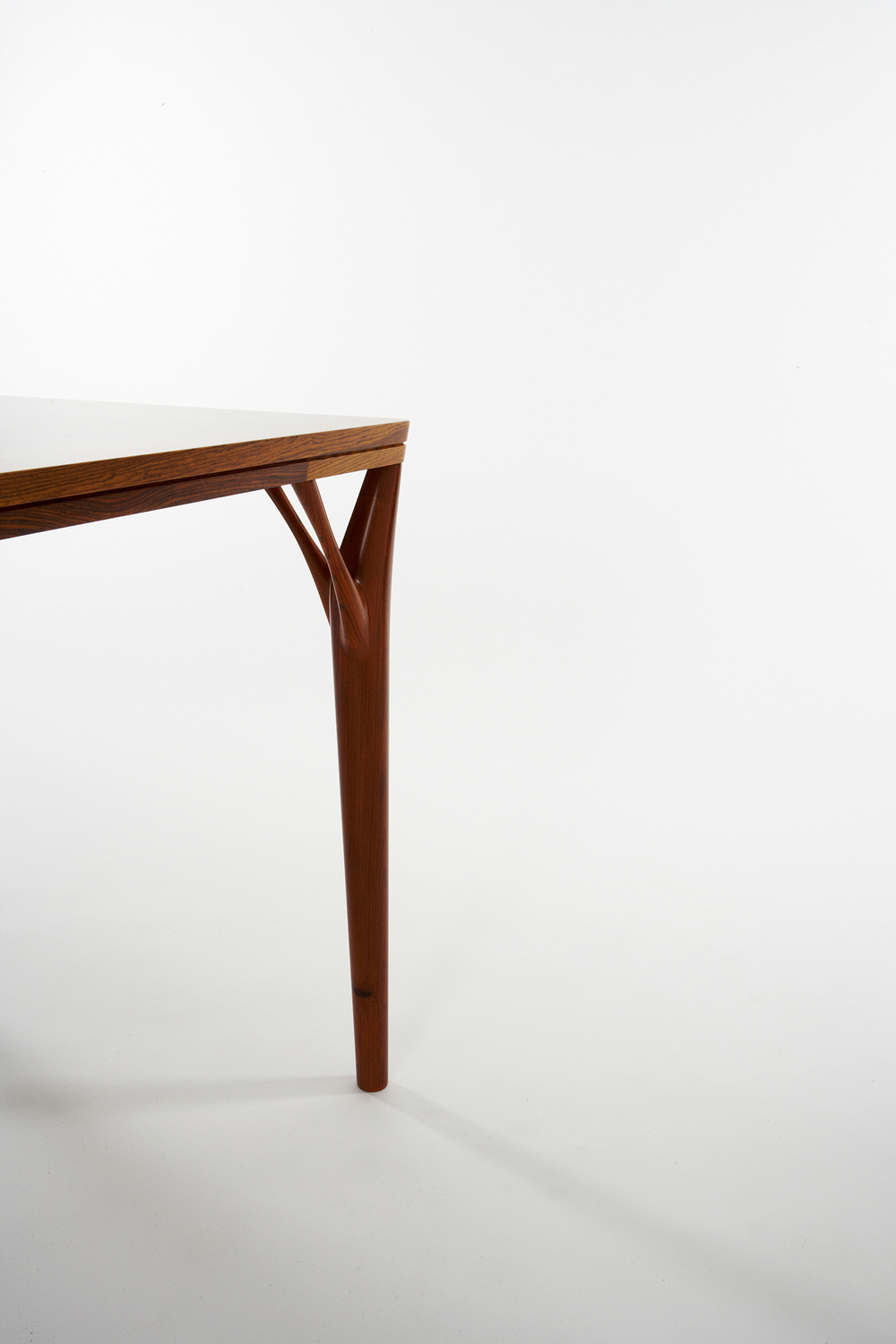 PD55 dining table8_resize.jpg