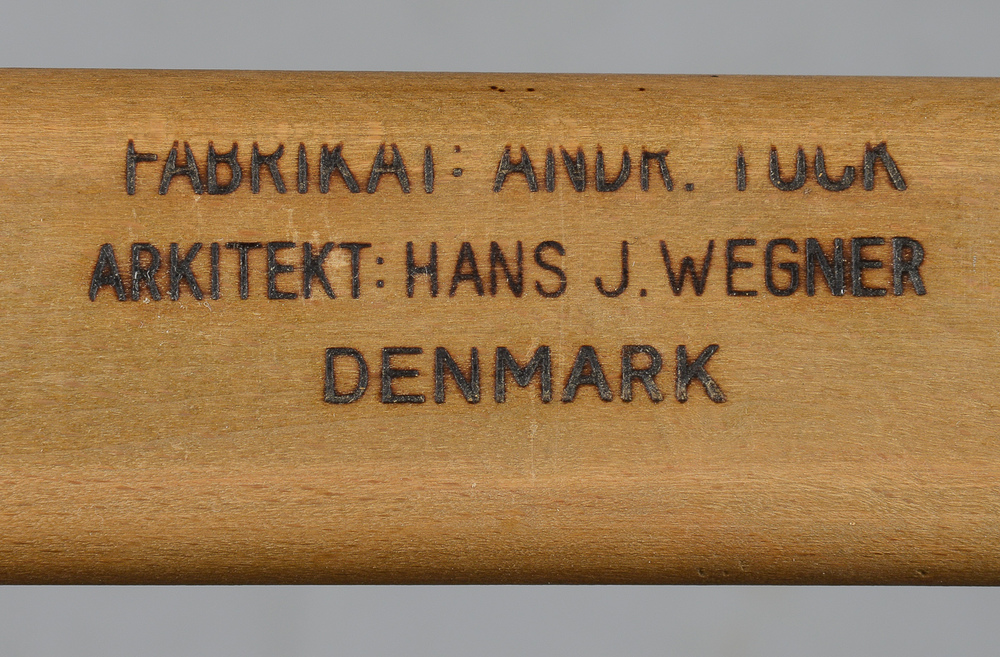 Hans Wegner model AT310 by Andreas Tuck H. 72 cm. L. 160 -240 cm. B. 86 cm. p1 solid teak top oak frame p8.jpg
