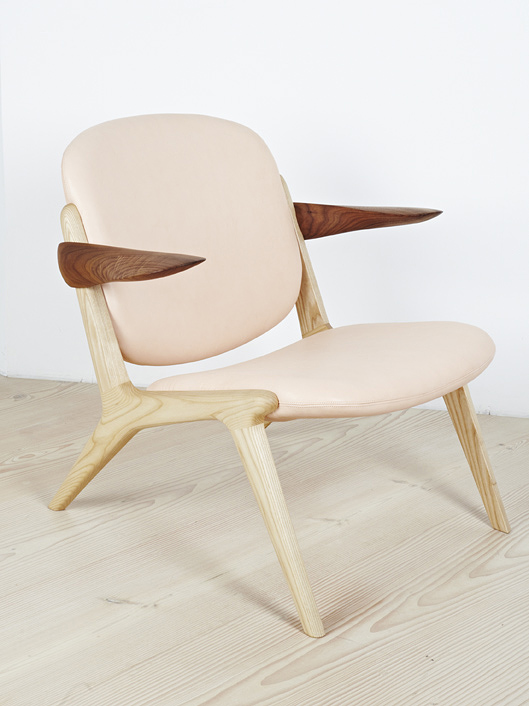 IS Lounge Chair in Ash