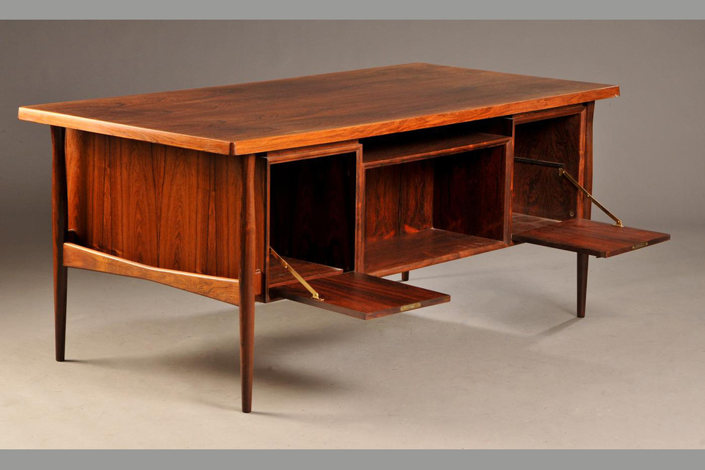 10 danish vintage rosewood desk c1960 73x170x82cm p5_gallery_block_cleaned.jpg