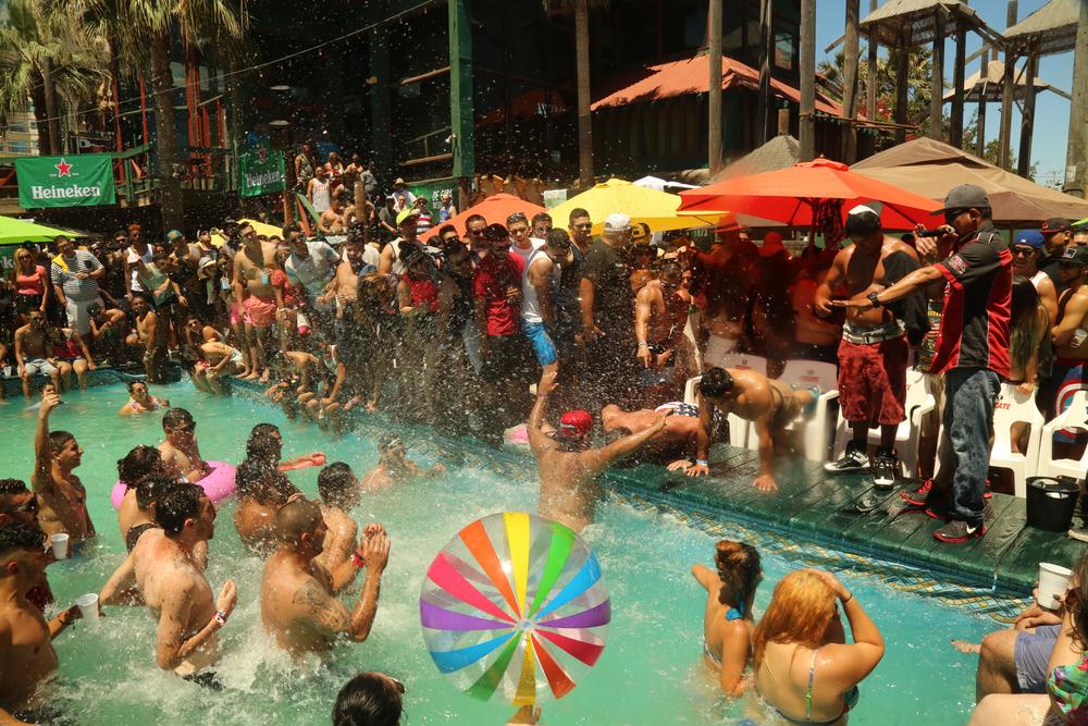 P&B- pool party 26.jpg