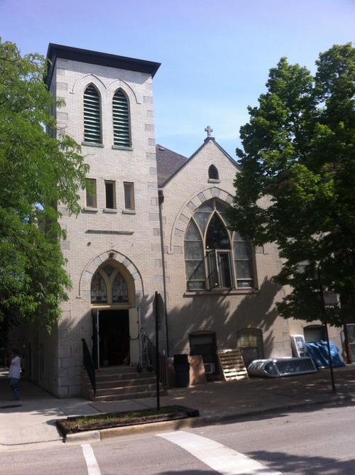 Architecture extérieure de l'église