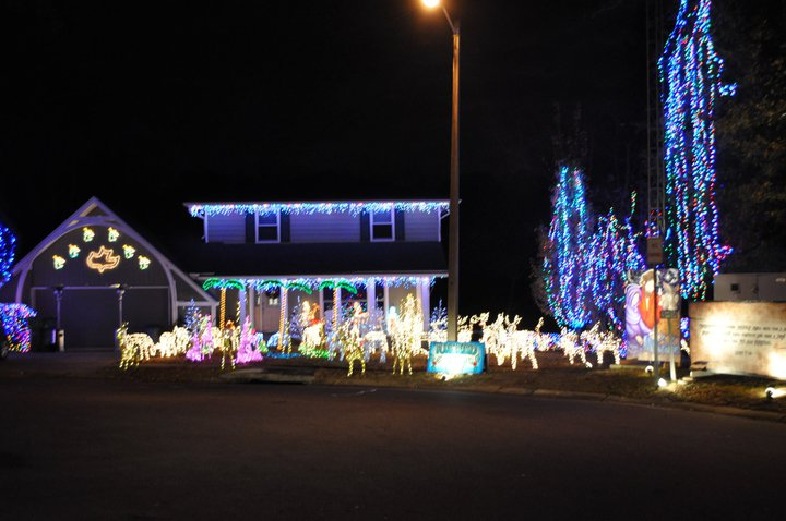 This is a house in North Gate in Fort Walton Beach. If you tune in to a certain radio station, they have music that goes along with all of the lights.
