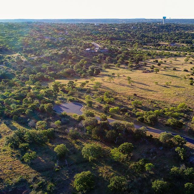 It's starting to feel like summer! 🌞 These beautiful lots will give you views of the Hill Country and keep you cool with perfect tree coverage. . . . #summerhouse #texashillcountry #lakelife #privatecommunity #lotsforsale #lakelbj #horseshoebayproperty #hillcountryproperty #texaswildflowers #texaswildlife #pasture #golfcourse #clubhouse #marina #walkingtrails