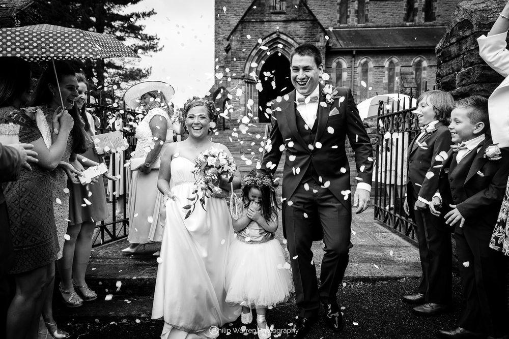 wedding photos cardiff.jpg