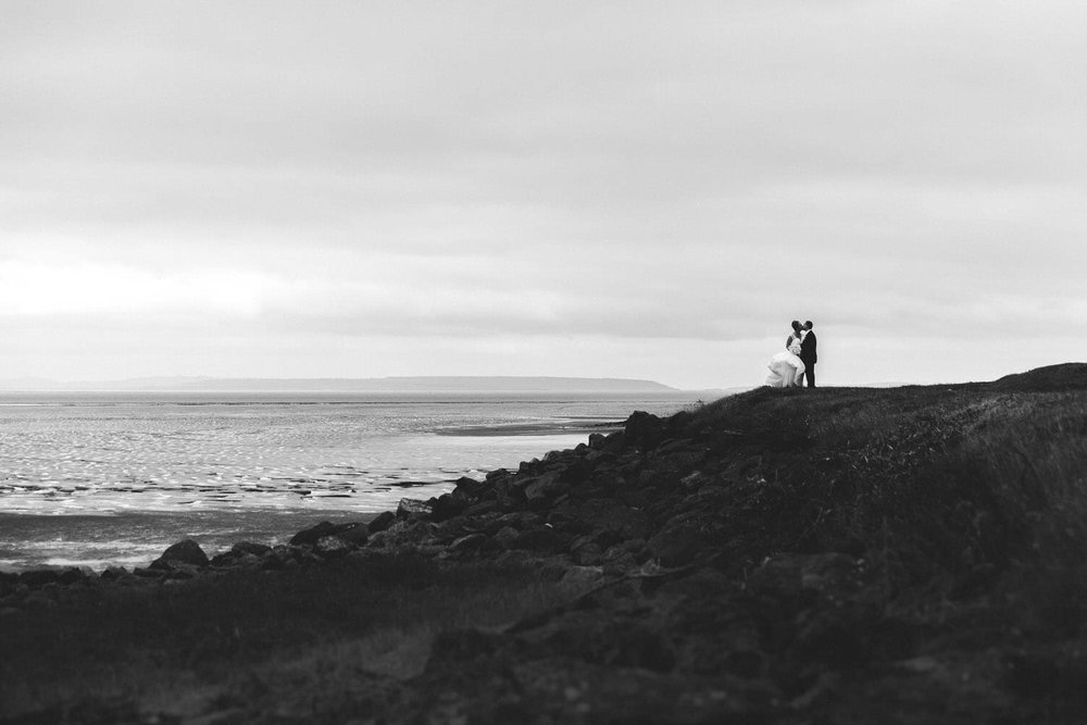 wedding photos at west usk lighthouse