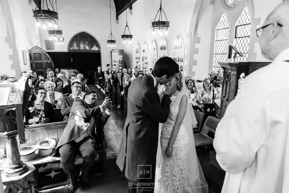 first kiss during wedding ceremony a church