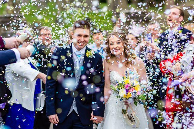 . . . . . #wedding #weddings #weddingphotos #weddingphotography #love #married #marriage #instawedding #instapic #picoftheday #instagood #bride #groom #kiss #justmarried #bridetobe #weddingtrends #southwalesphotographer #Welshweddings #Cardiffphotographer #Cardiffweddingphotographer