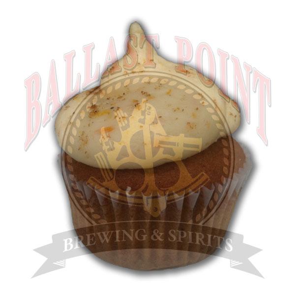 Cup o' Hefen Ballast Point® Wahoo Wheat coriander spice cake & citrus buttercream