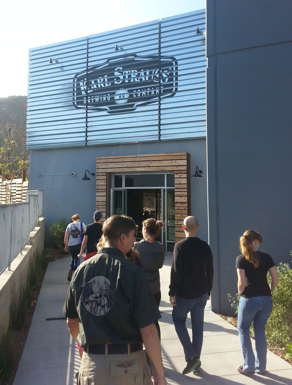 karl strauss tasting room - and main brewery