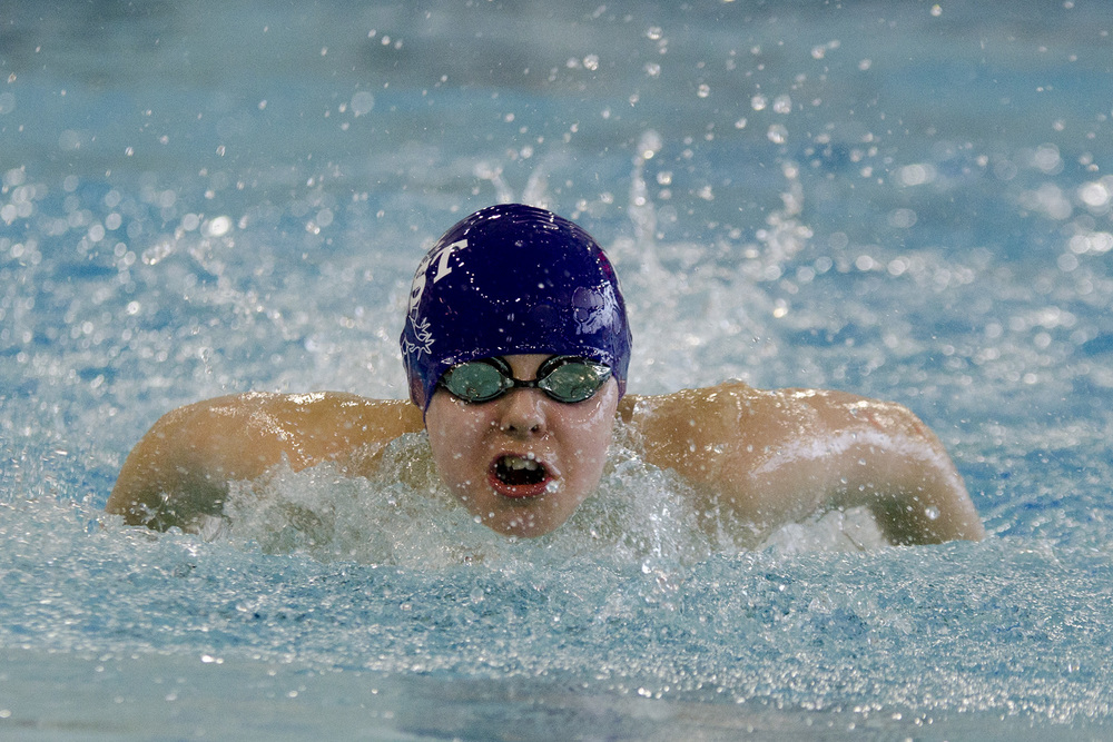 WoodJ_SWIMMING01.jpg