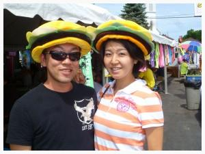 Showing off their new cheeseburger hats in the paradise town of Caseville, Michigan (photo: D. Suzuki)