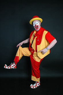 A typical clown (photo source: Wikipedia)