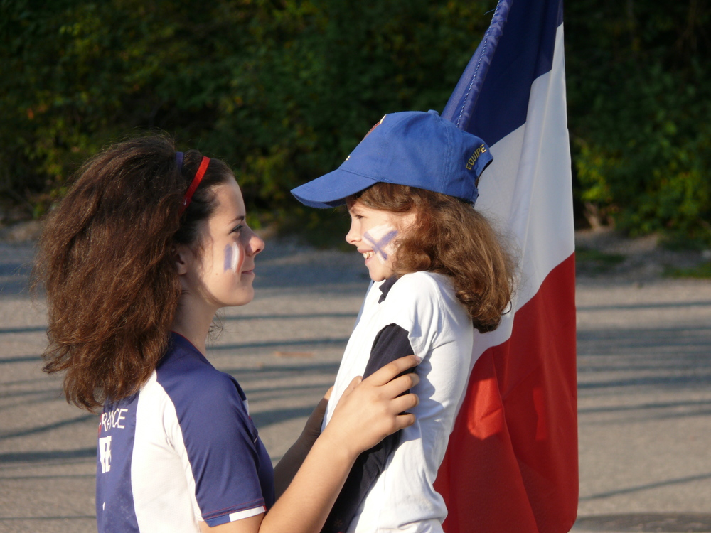 Emma and Sara Bourgogne: One family embracing two cultures, two languages