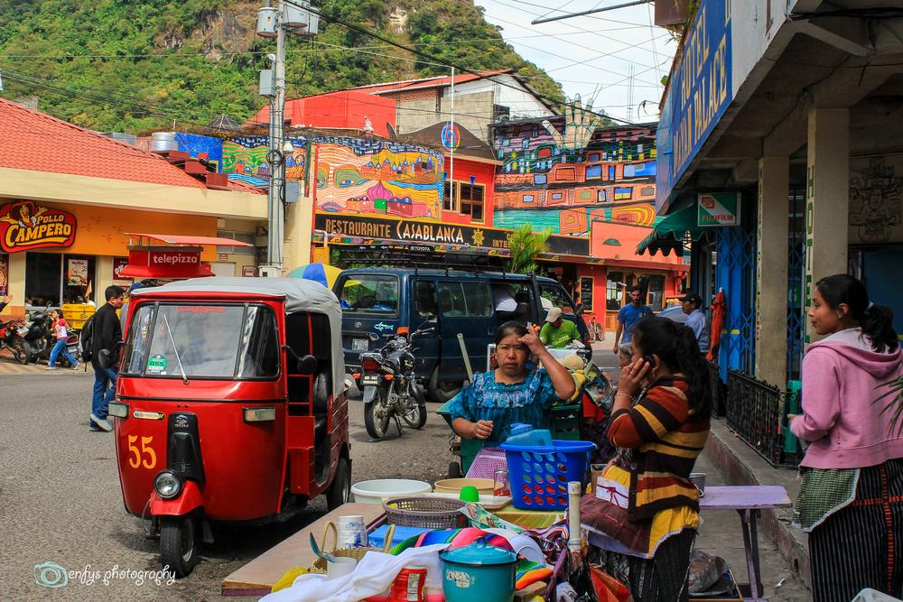 Calle Santander -Panajachel, Guatemala