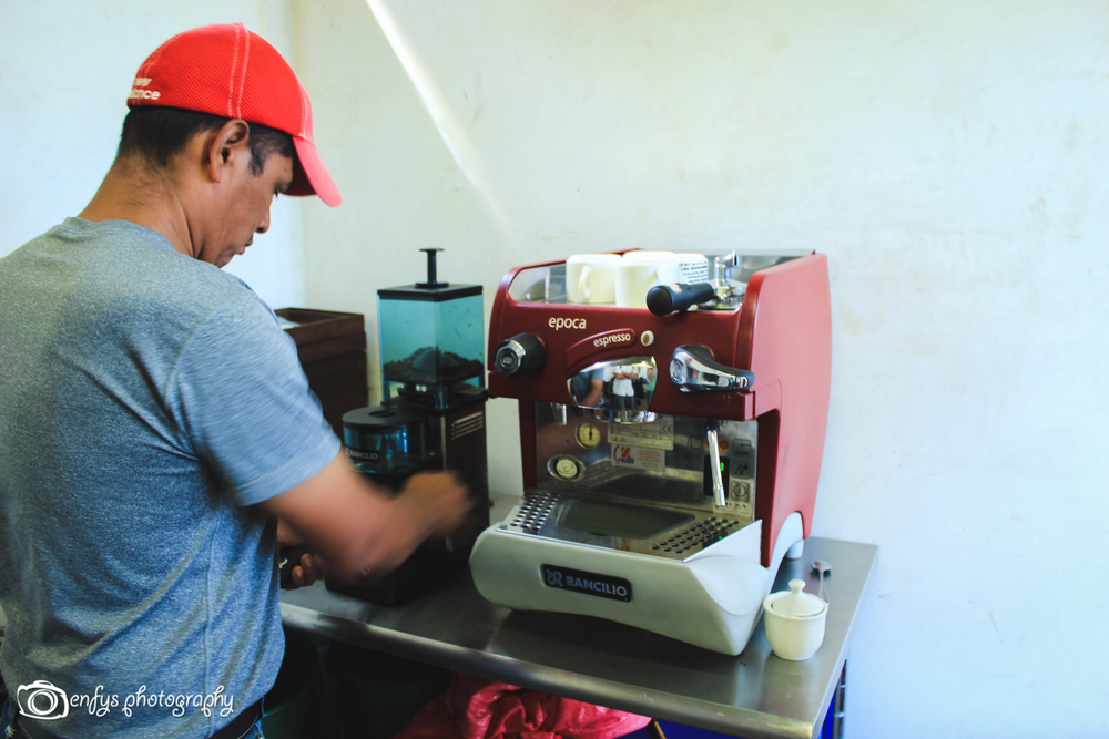 Grinding! -San Pedro la Laguna, Guatemala