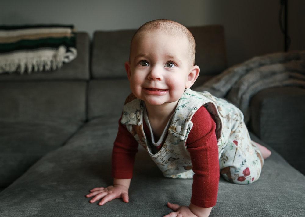 Edie - 10 Months-18.jpg