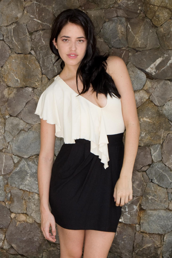 ruffle top n pegged skirt.jpg