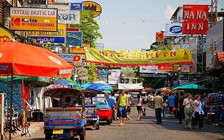 A grief stricken young woman finds hope for family she didn't know she had in faraway Bangkok.