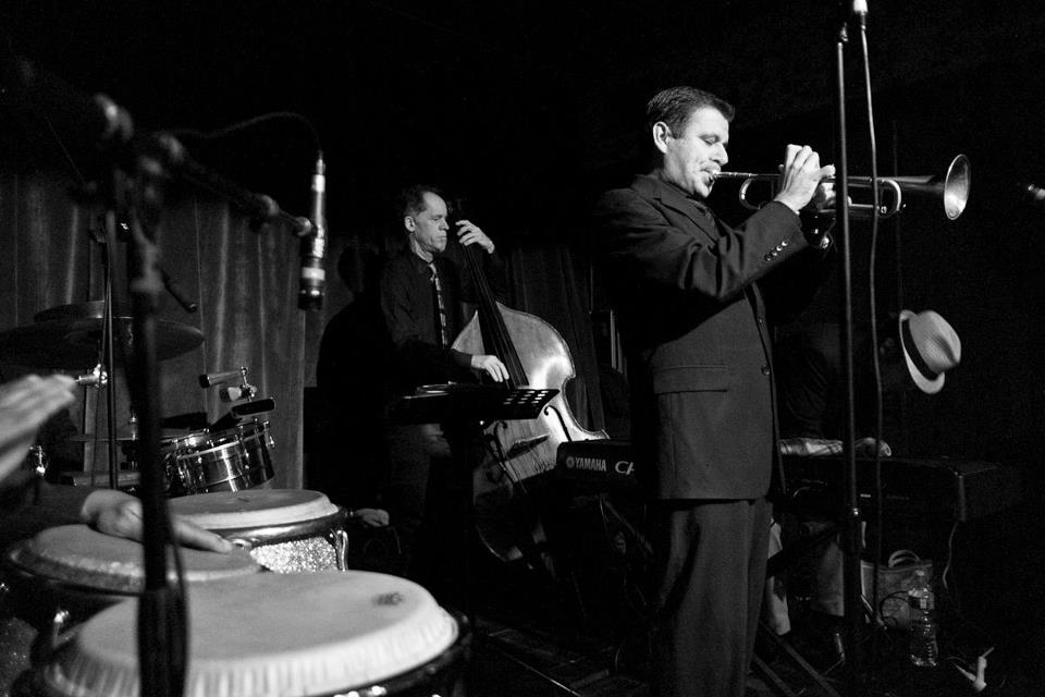 gilbert-castellanos-trumpet-08.jpg