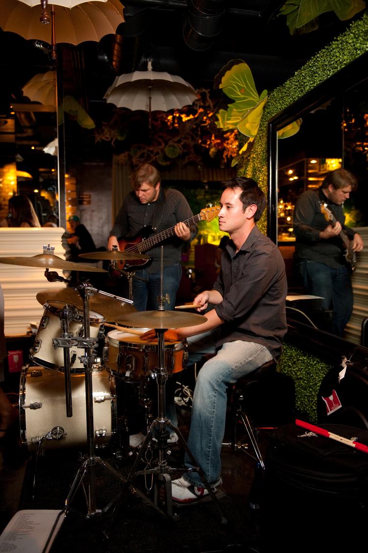 steven-williams-drums-01.jpg