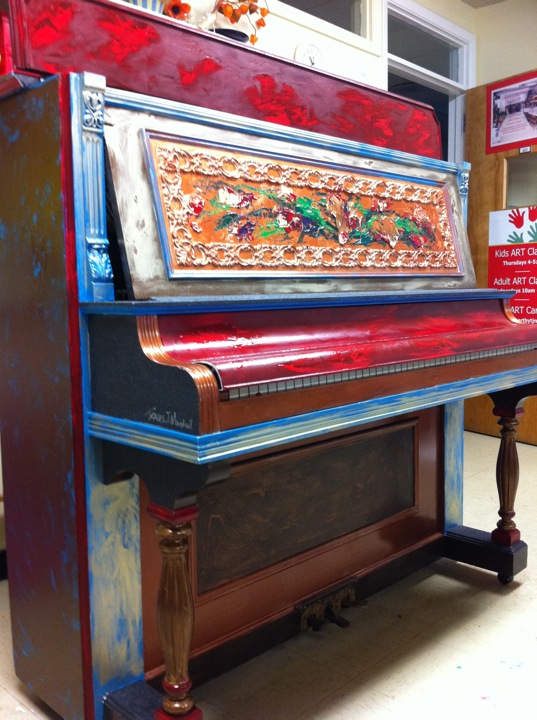 piano-painted-by-tracey-marshall-for-17-days-festival-greensboro.jpg