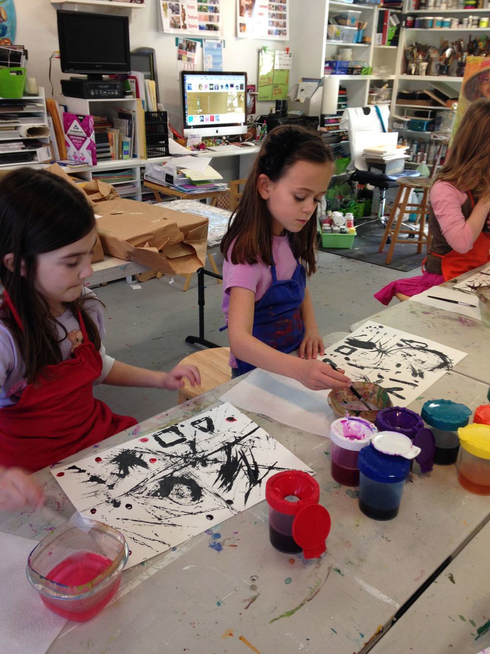 kids-painting-at-art-camp-art-by-tjm-studio-greensboro-img_0739.jpg