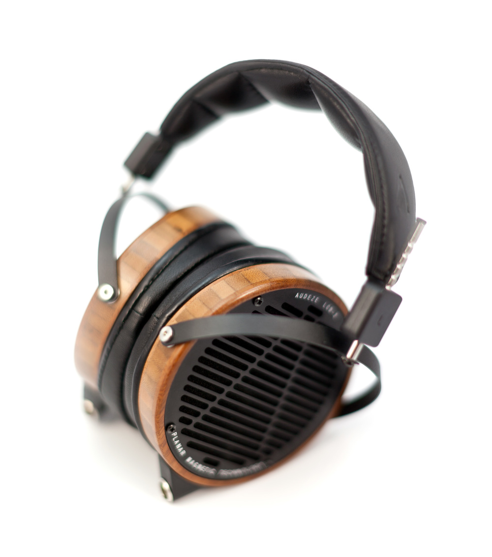 Audeze-LCD2-Boo-Leather-SeatedFoggy.jpg