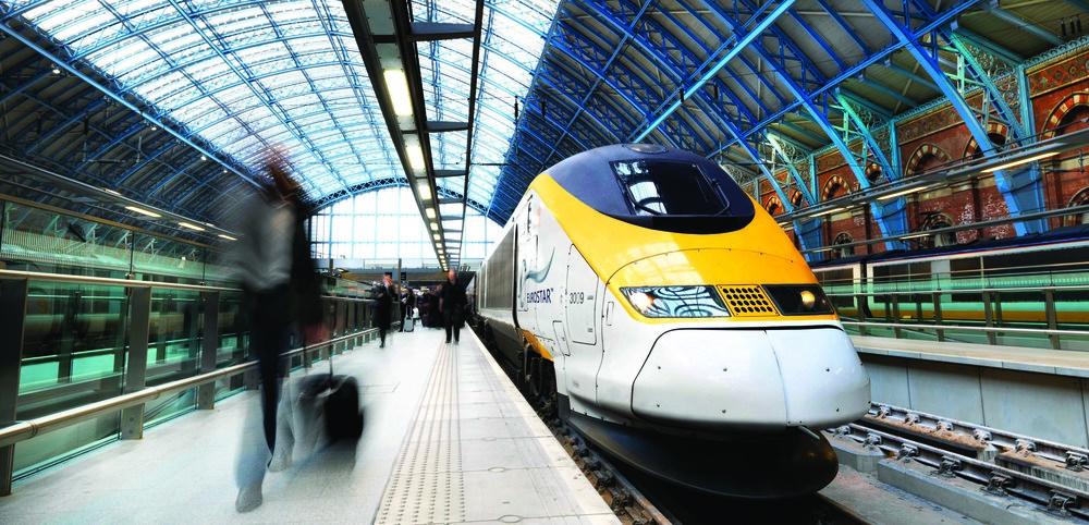 Eurostar_train_in_St_Pancras_International.jpg