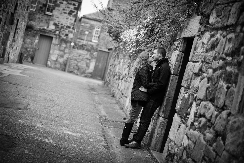 Emma and Jason pre-weddinh shoot-14.jpg