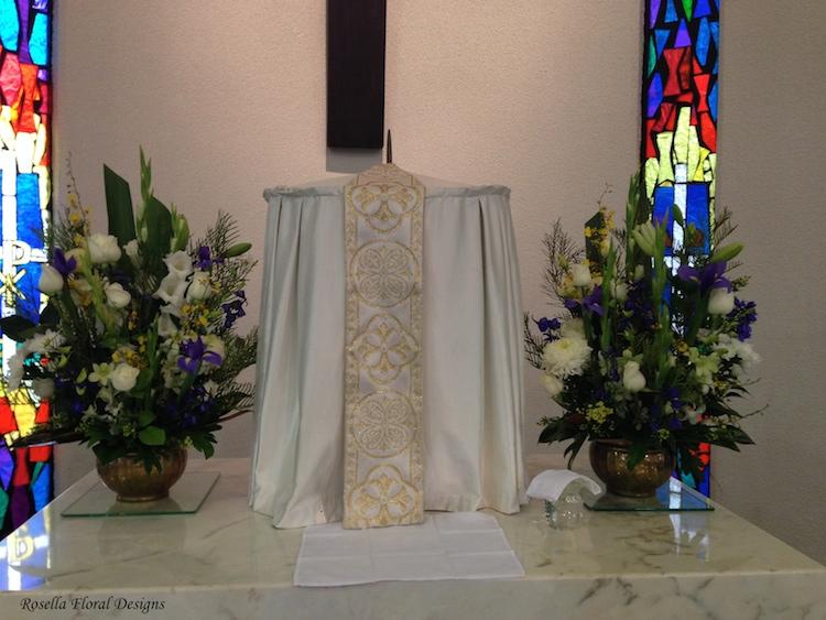 Altar_arrangement.JPG
