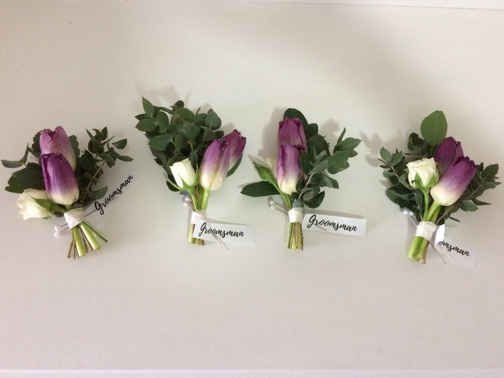 Tulip buttunholes.jpg