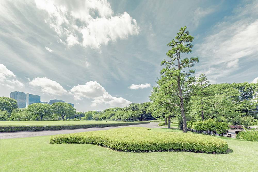 Tokyo_Gardens1_V1.jpg