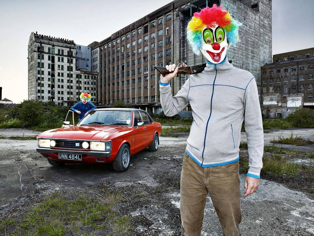 Clown-Robbers-6.jpg