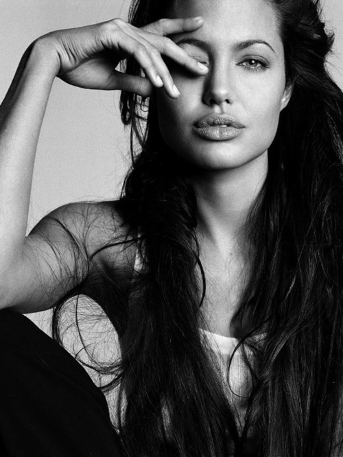 Angelina jolie black and white fashion glamour hair