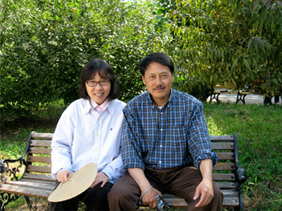 Can Xue and her husband, 2009
