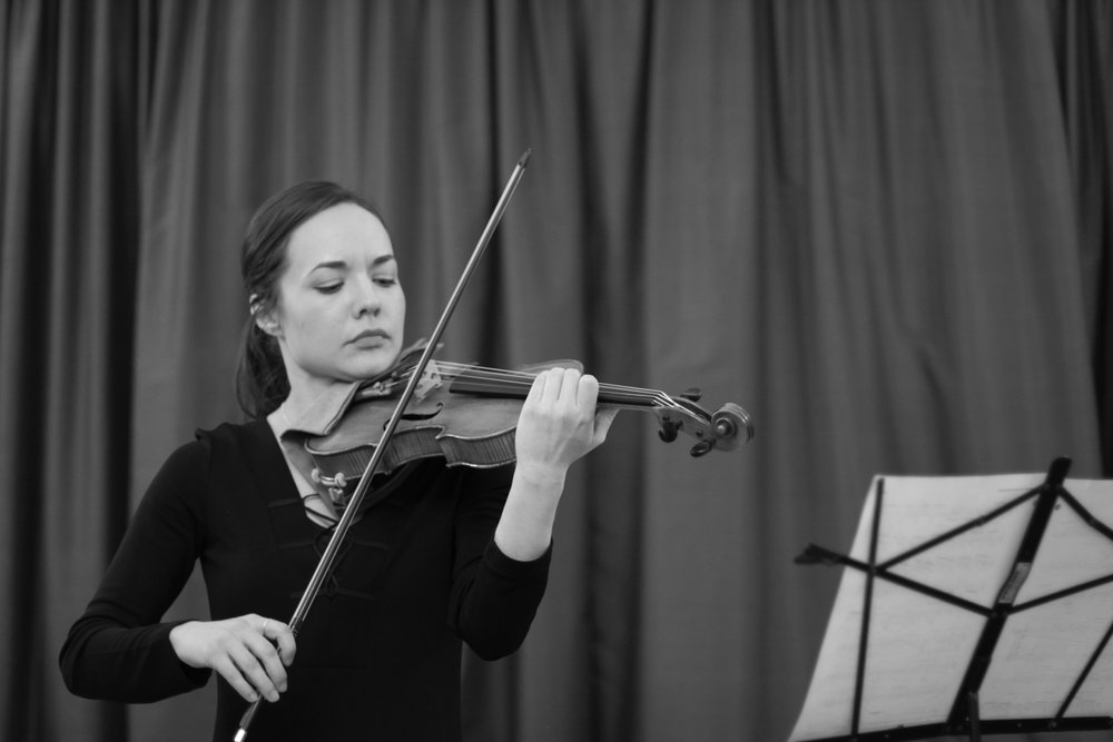 Emily Daggett Smith performs  Nocturne for solo violin  by Kaija Saariaho ( M&L  no. 5)