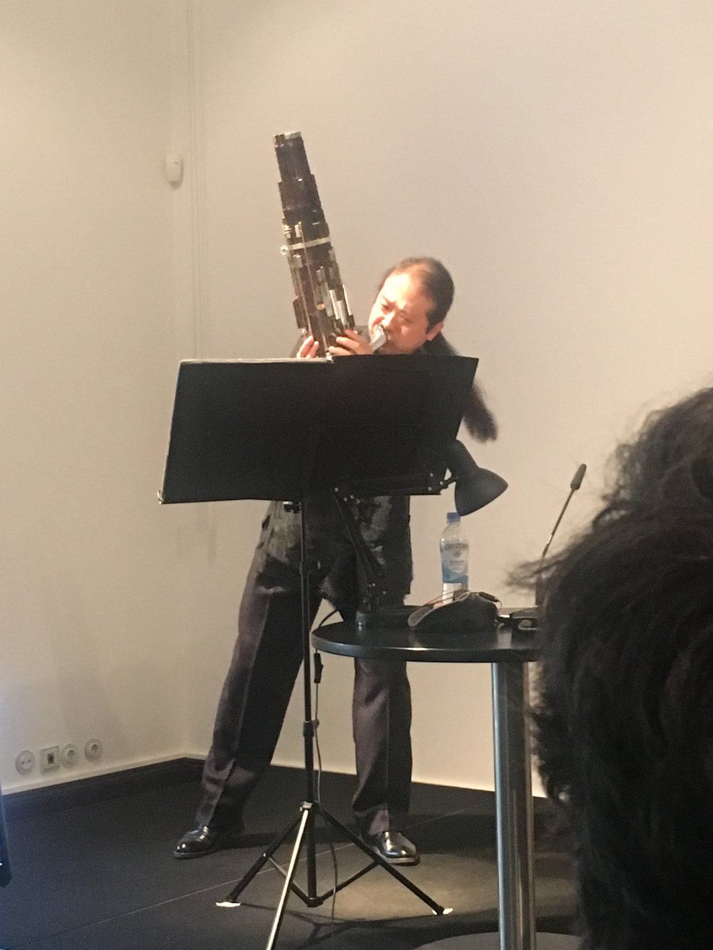 Wu Wei performs  Šu , Unsuk Chin's composition for  sheng