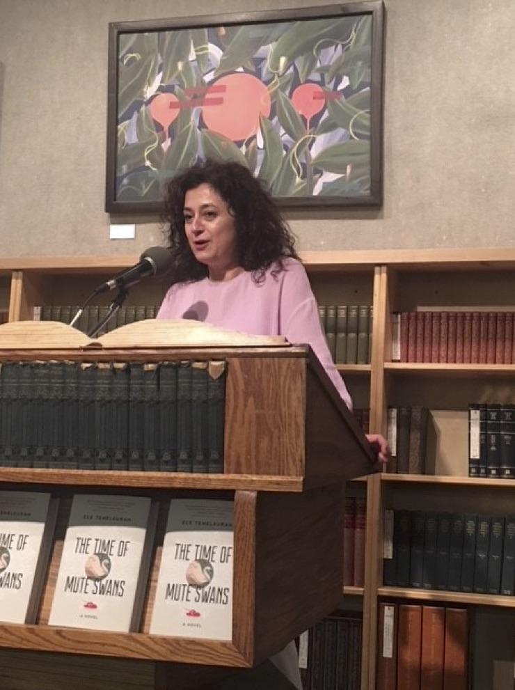 Ece Temelkuran reading at Powells City of Books, Portland, OR, in 2018.