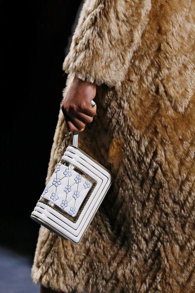 Fendi Couture Close-Up 24.jpg